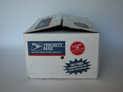 #778 Priority Mail Box #7