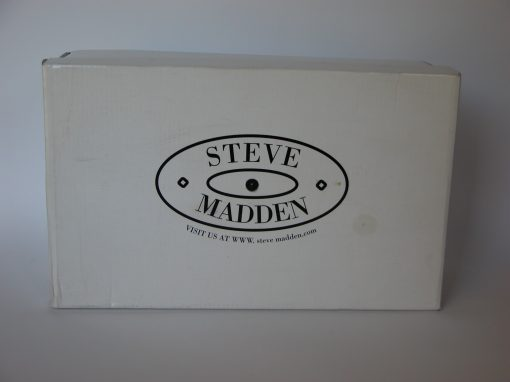 #799 Steve Madden, Black Pumps