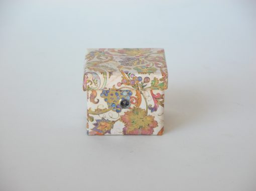 "#851 Small, 1 ½"" Floral Box"