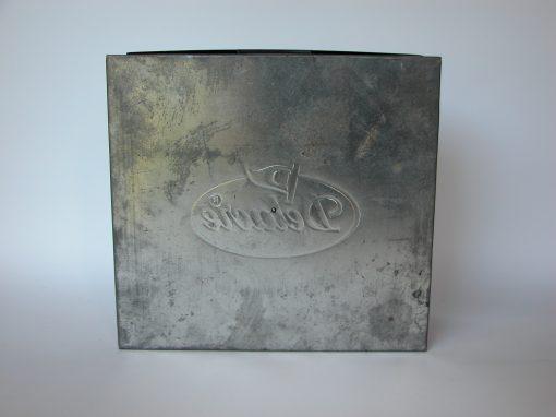 #350 Delacre Square Aluminum Box