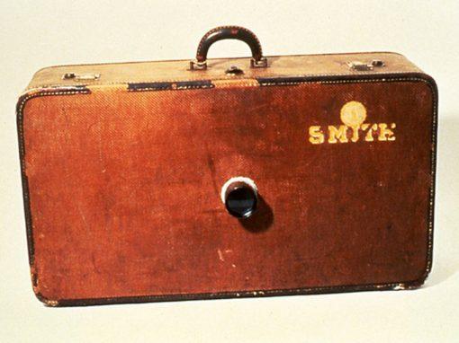 #533 Smith Suitcase Camera