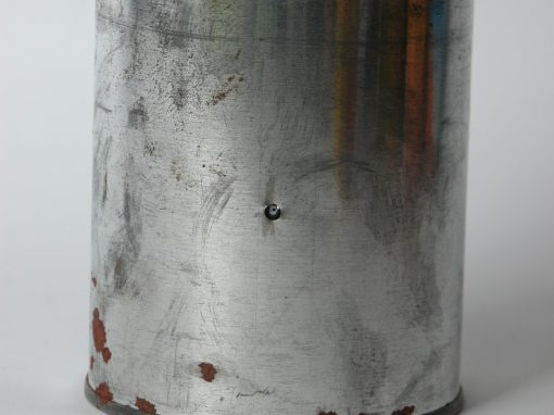 #340 Pint Size Generic Paint Can (with rust)