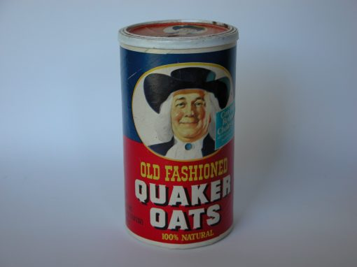 #644 Quaker Oats #4 (cardboard box w/plastic top)