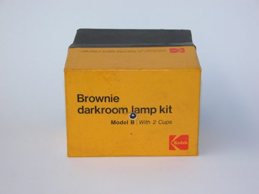 #1003 Brownie darkroom lamp kit