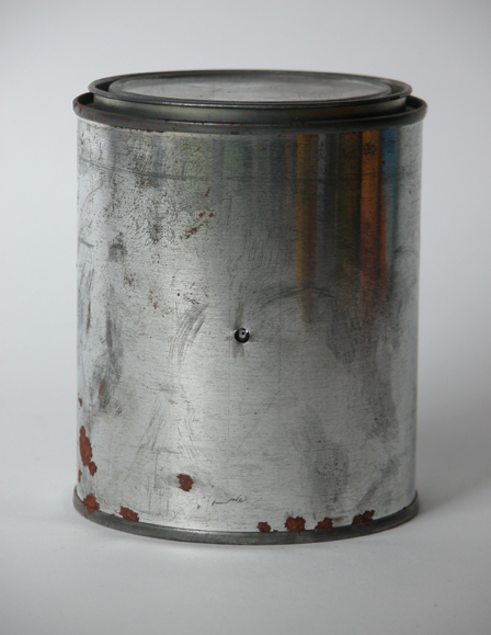 #1007 Unlabeled Metal Paint Can